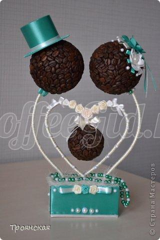 декоративное дерево из кофе