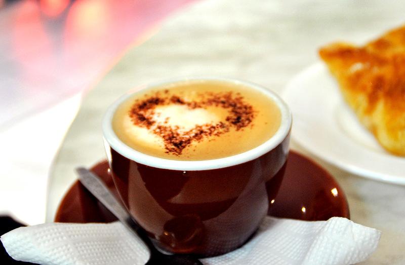 сердечко на кофе