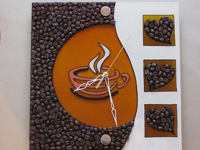 часы из кофе